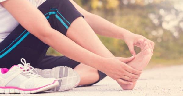 Fußschmerzen Behandlung und Übungen