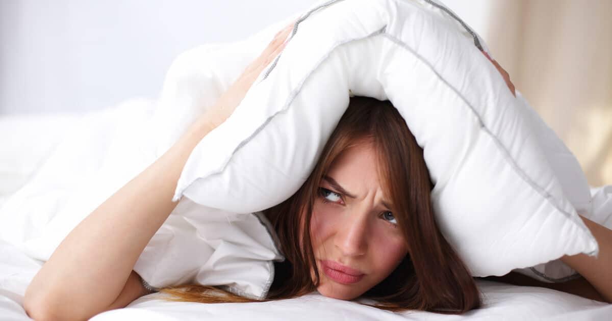 Auf welcher Matratze sollte man bei Schmerzen schlafen?