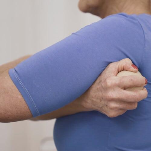 uebung3 frozen shoulder liebscherbracht 040319 - Übungen Frozen Shoulder