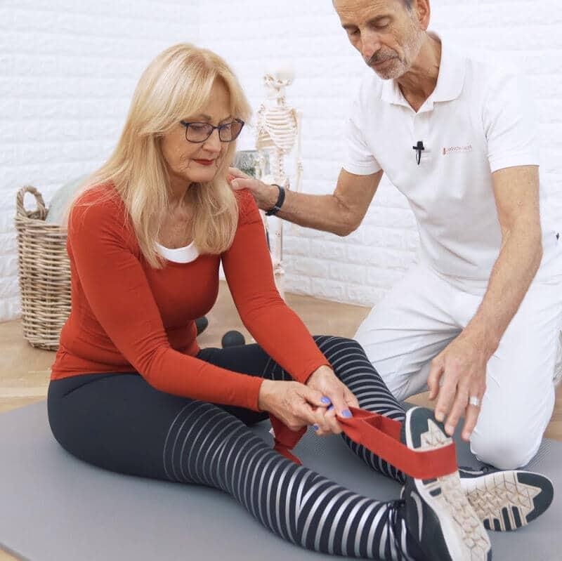 Meniskus Schmerzen Uebung1 LiebscherBracht 290719 - Meniskusschmerzen? Diese Übung kann direkt helfen