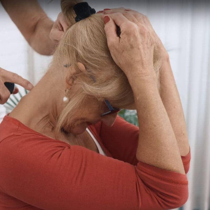 So löst du deine Nackenverspannungen in nur 4min